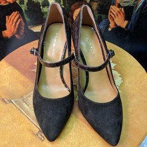 Bandolino size 8 4 inch heels grey